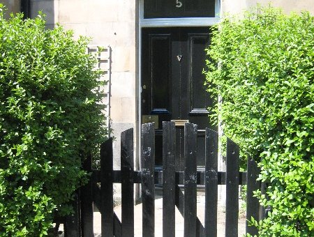 P227: Bernard Terrace, Newington, Edinburgh