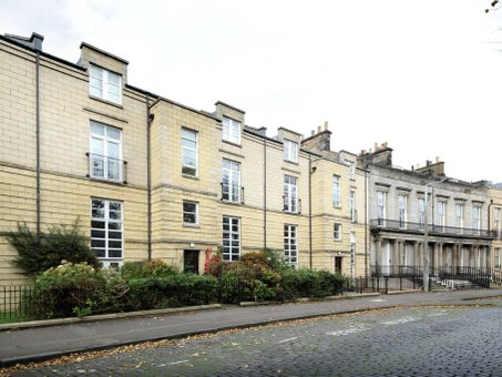 P584: Hopetoun Crescent, New Town, Edinburgh