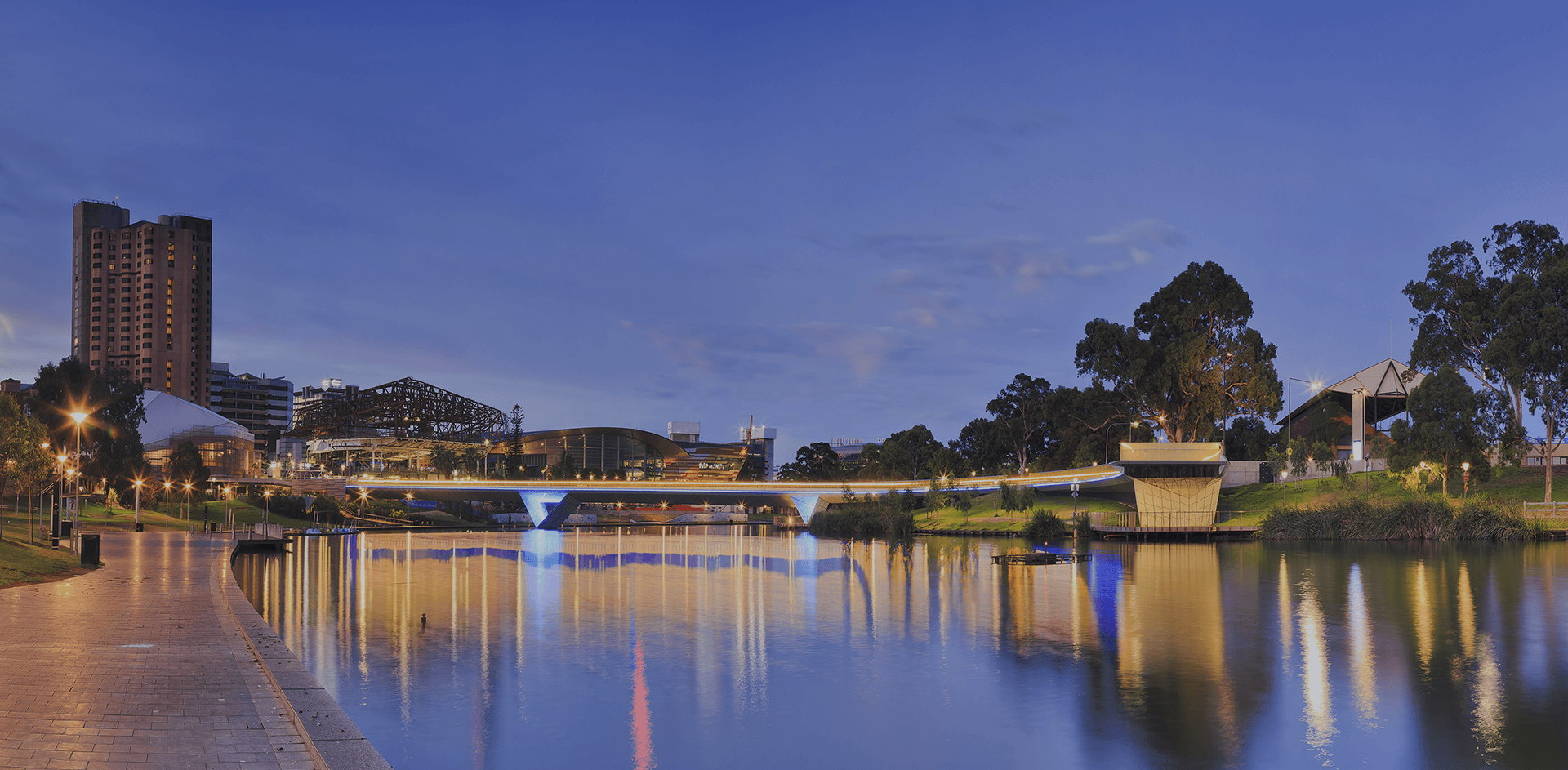 Adelaide & River Torrens