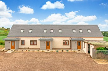 P445: CARRIBBER HOLIDAY COTTAGES AND BOWDEN SP, Linlithgow, West Lothian