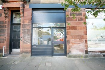 P542: Blackford avenue, Blackford, Edinburgh