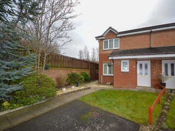 P1557: Romulus Court, Motherwell, North Lanarkshire