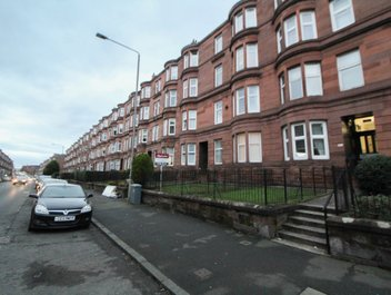 P1584: Tollcross Road, Parkhead, Glasgow