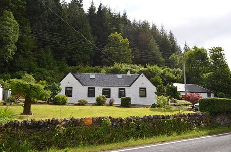 Holly Tree Cottages,  Shore Road, Kilmun