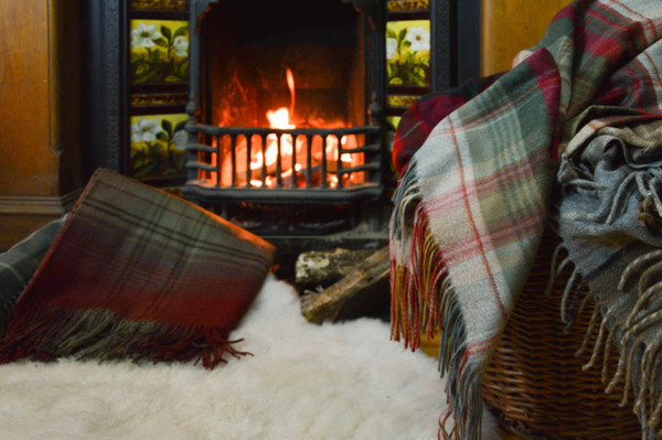 Edinburghs-top-5-cosiest-bars