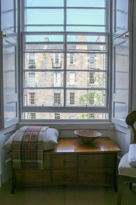 Property Image 7 for 40 (GFL) Cumberland Street Central New Town Edinburgh