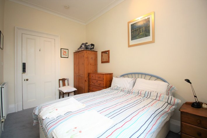 Howard Place 10381
