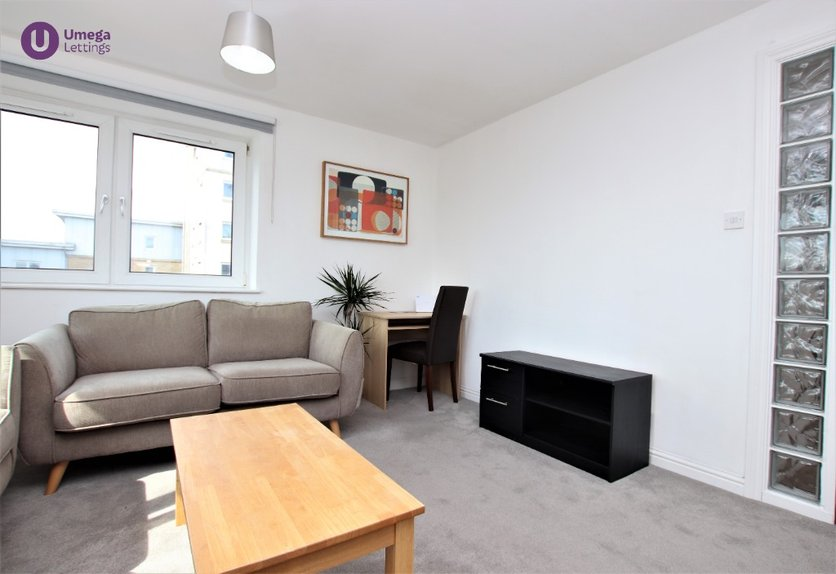 P2082: Pilrig Heights, Pilrig, Edinburgh