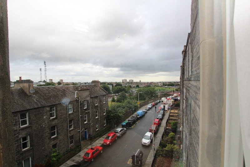 P573: Meadowbank Terrace, Meadowbank, Edinburgh
