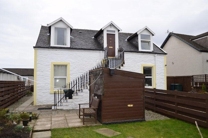 Upper Villa, Mary Cottage, 44A Hill Street, Dunoon